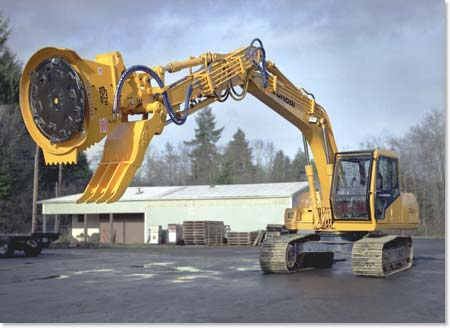 """SLASHBUSTER"" XL480 on excavator"